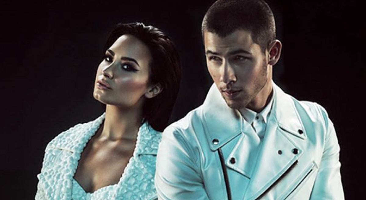 What are you doing tonight? Why not catch Nick Jonas and Demi Lovato live… for free!