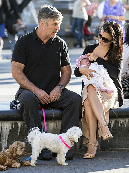 Alec Baldwin takes a break with wife Hilaria, baby Carmen, and their pups! I genuinely hope being married to a yoga maven and having a…