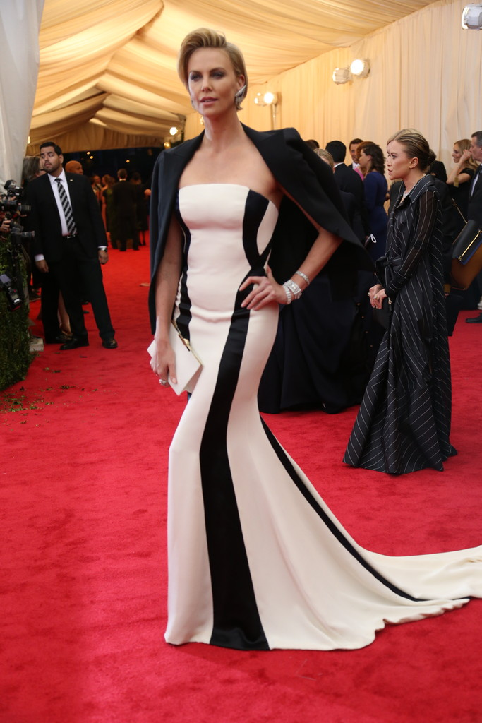 Stunning Dresses From The 2014 Met Gala Celeb Bistro