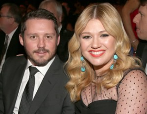kelly-clarkson-brandon-blackstock-eloping-wedding-gi