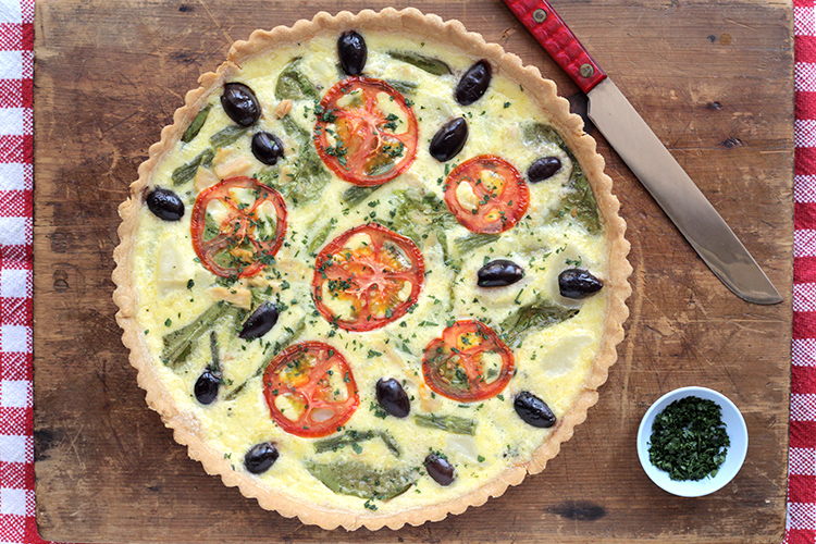 Parlez-vous Francais? Great French recipe: Nicoise-Salad-Quiche.