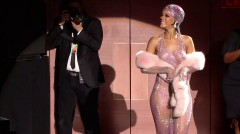 Rihanna is the most elegant celebrity in the world. Here is a proof why…..