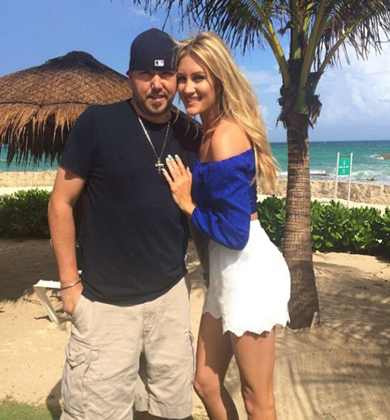 Jason Aldean and wife Brittany Kerr