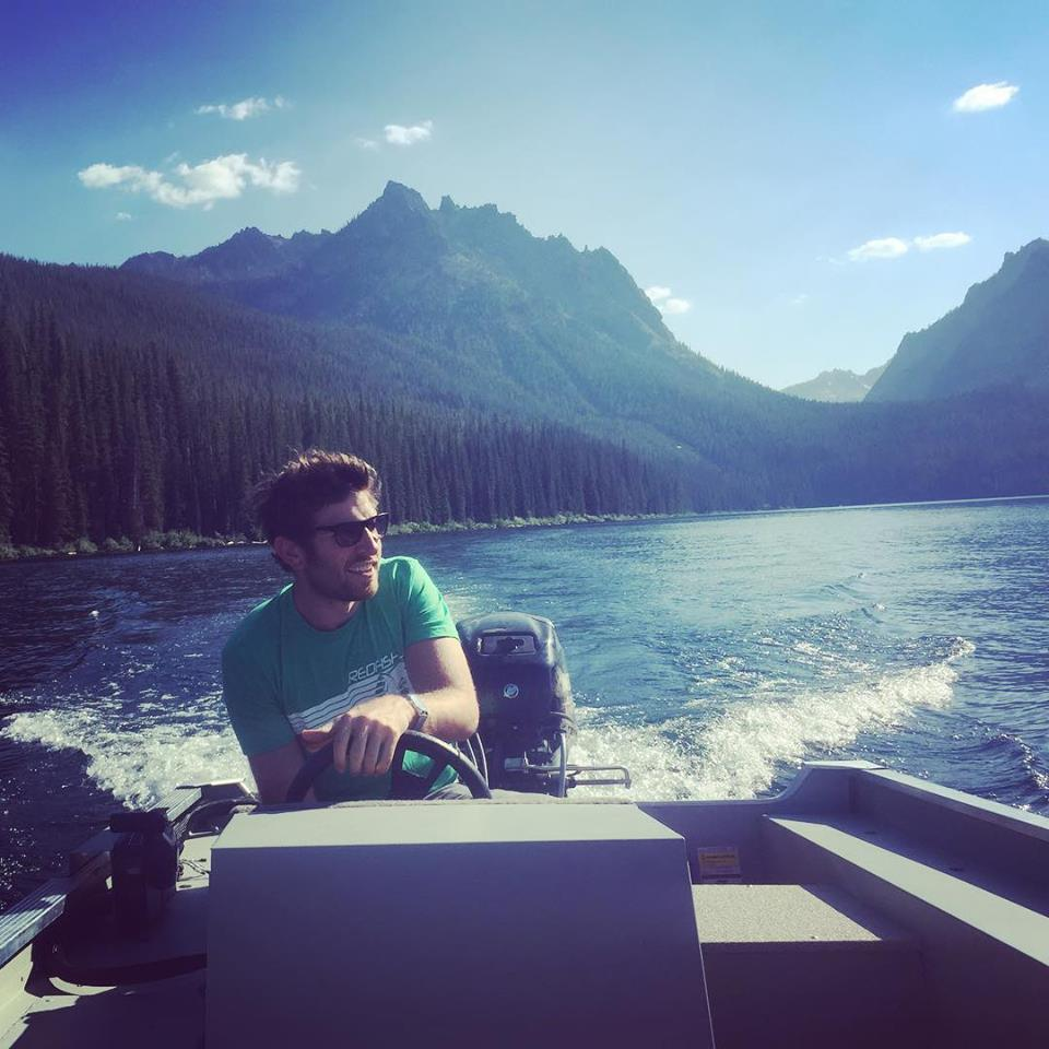 Brett Eldredge on boat