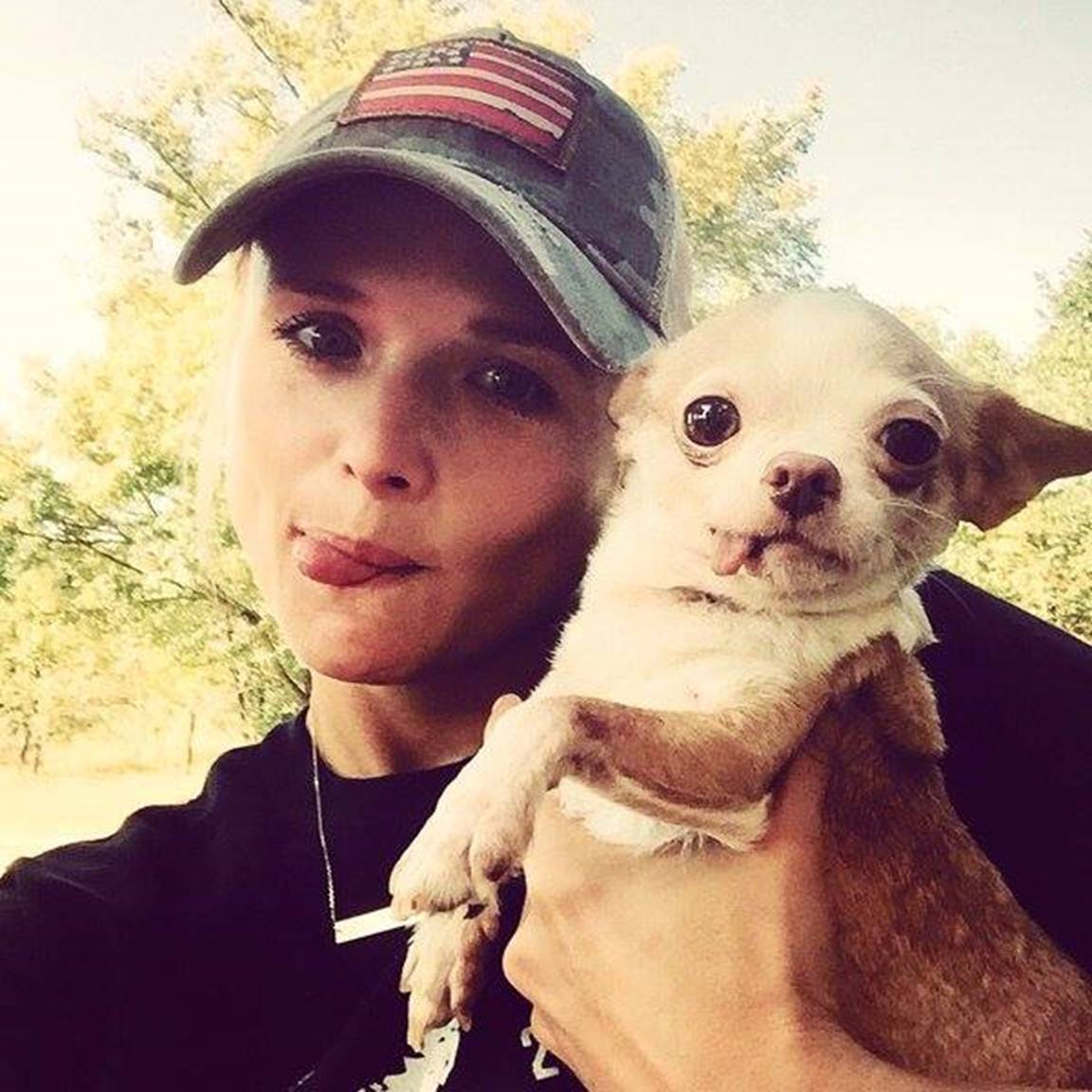 miranda lambert and rosie the dog