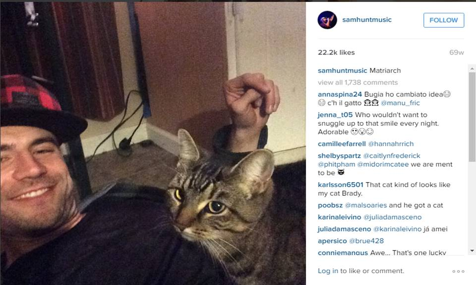 sam hunt with pet cat