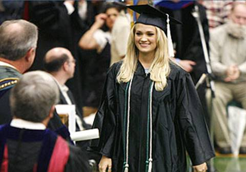 carrie underwood college graduation