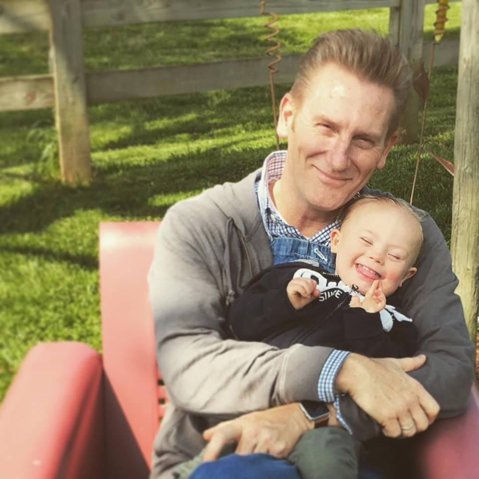 rory and indy feek on farm
