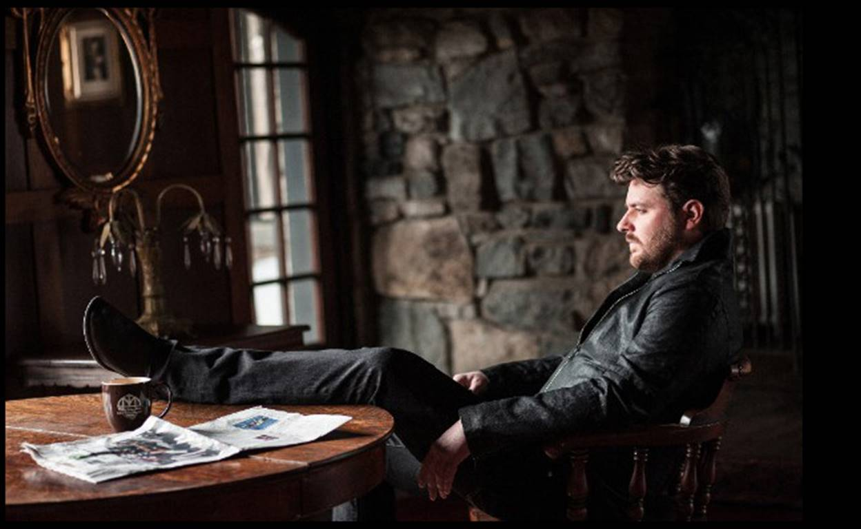 "CHRIS YOUNG SHIPS NEW SINGLE ""SOBER SATURDAY NIGHT"" TO COUNTRY RADIO"