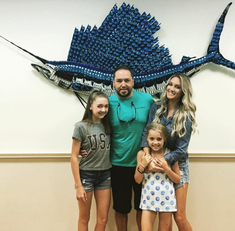 jason aldean, brittany keer and daughters