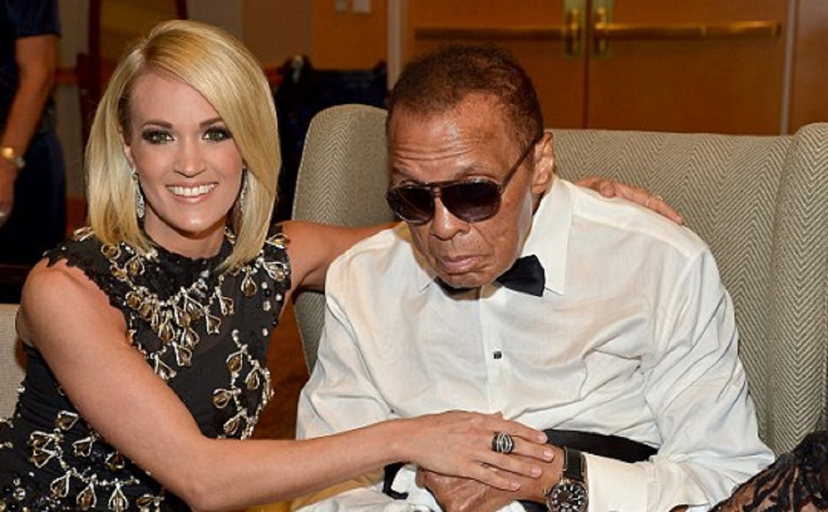 Carrie Underwood appeared with Muhammad Ali in his last Public Outing