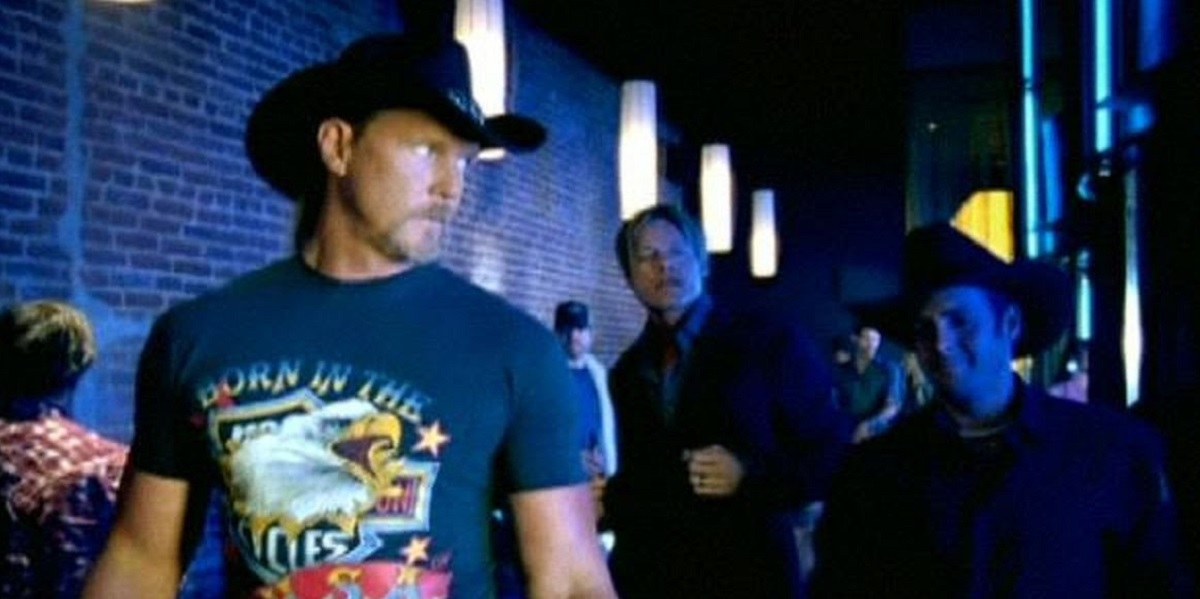 Trace Adkins Honky Tonk Badonkadonk Video and Lyrics