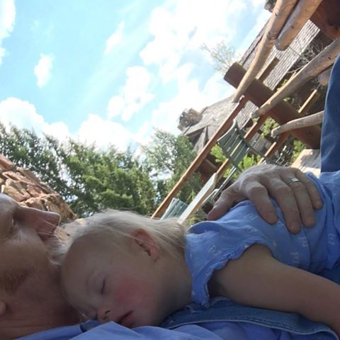 rory and indy feek nap