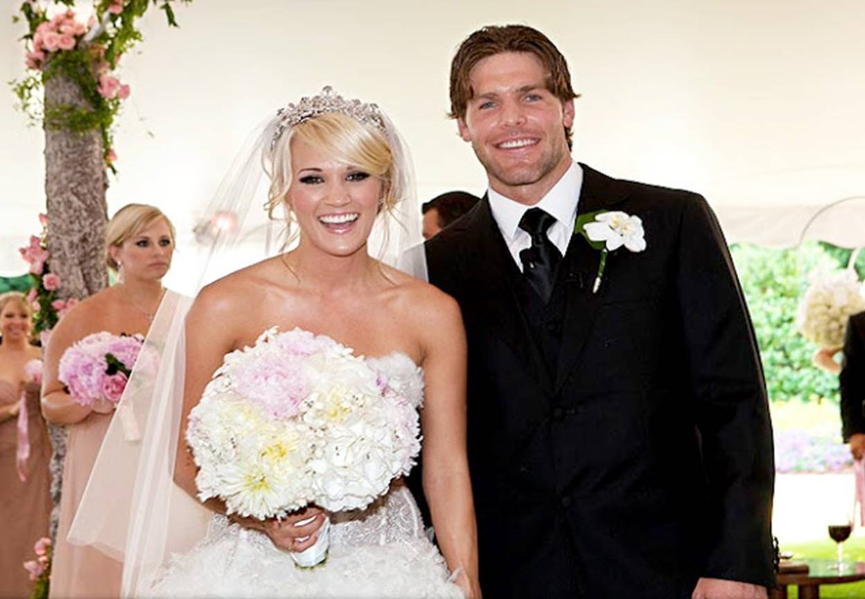 Carrie underwood and mike fisher wedding pictures in people magazine