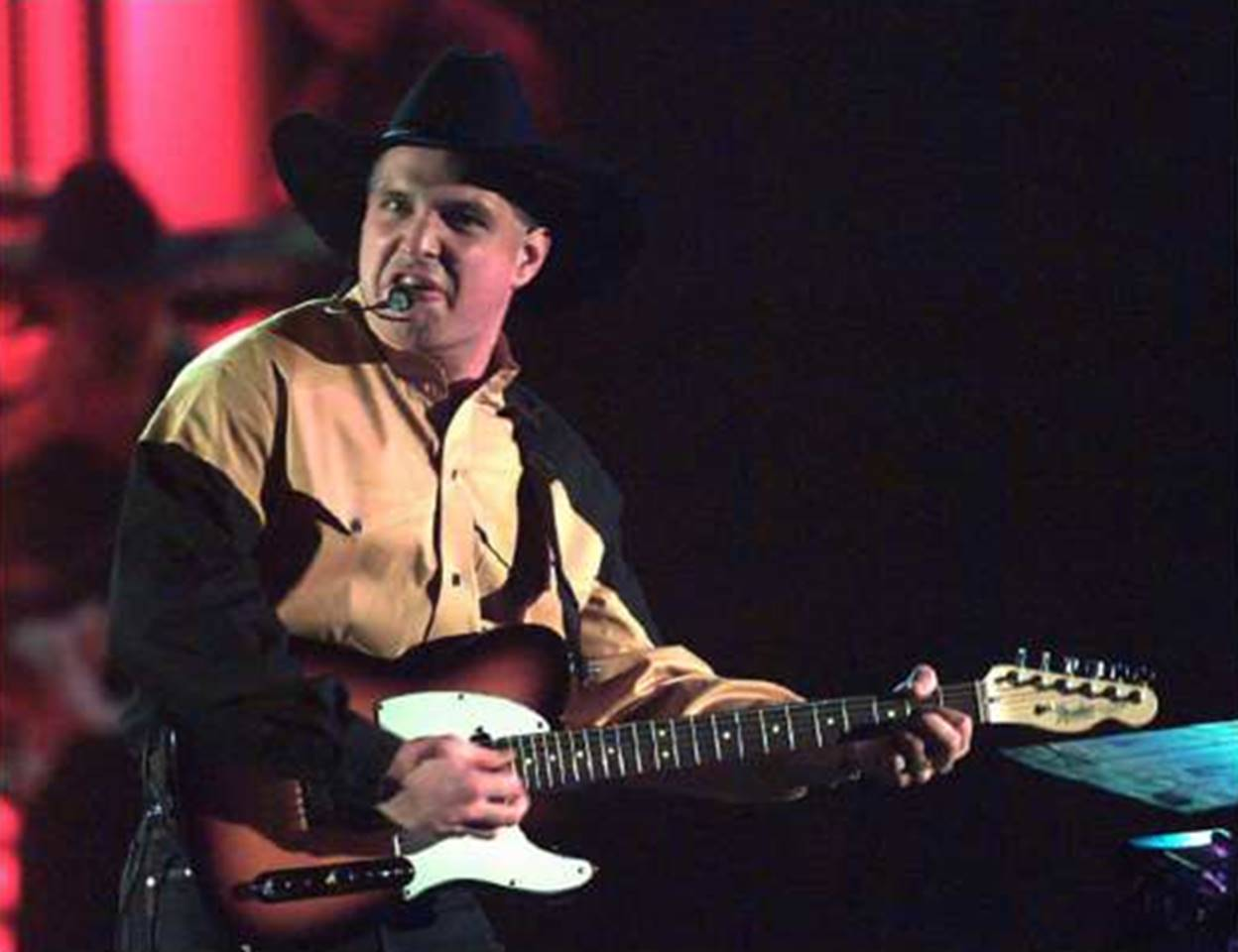 garth brooks in 1994