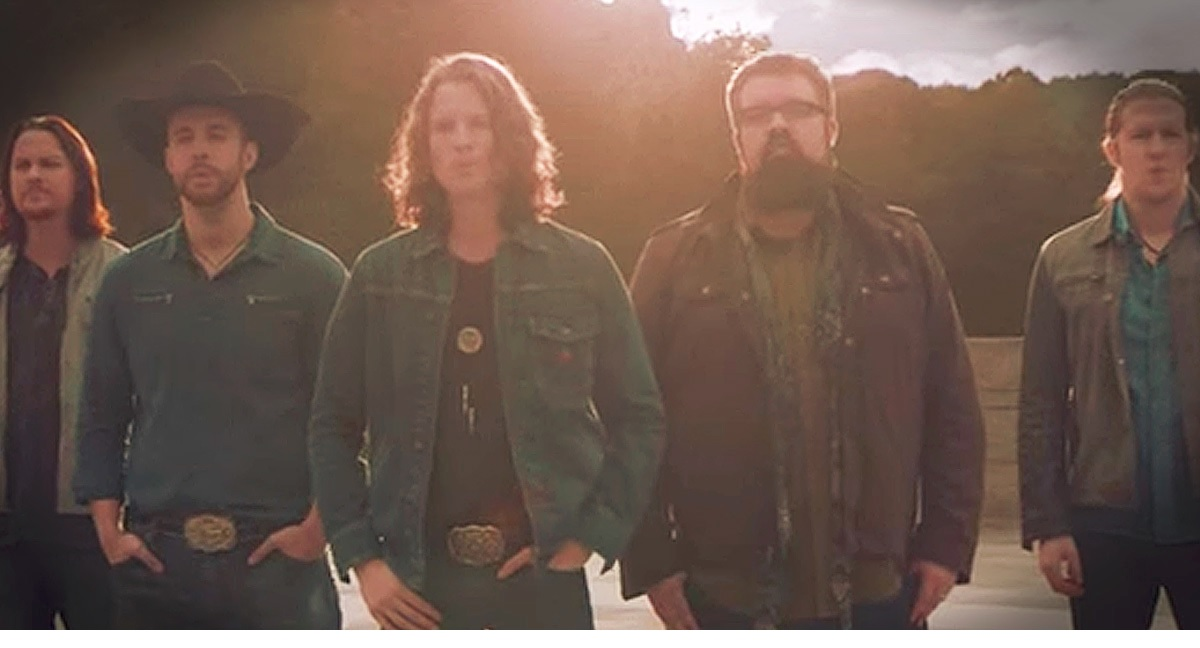 "Home Free delivers amazing performance of Lee Greenwood's ""God Bless the USA"""