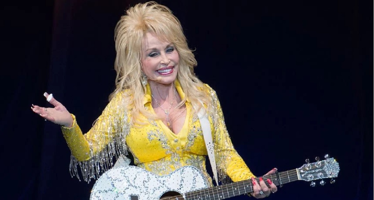 "Dolly Parton ""Outside Your Door"" Lyric Video"