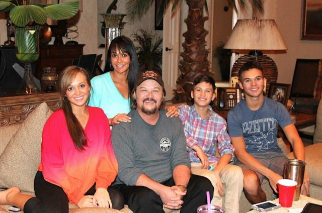 travis tritt and family