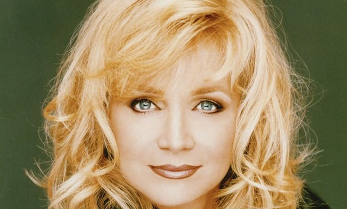 "Barbara Mandrell's ""I Was County When Country Wasn't Cool"" is Timeless"
