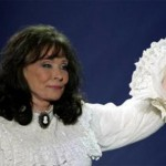 5 Fast Loretta Lynn Facts