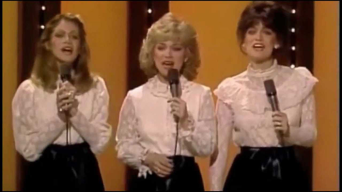 Hilarious Bloopers from Barbara Mandrell's TV Show