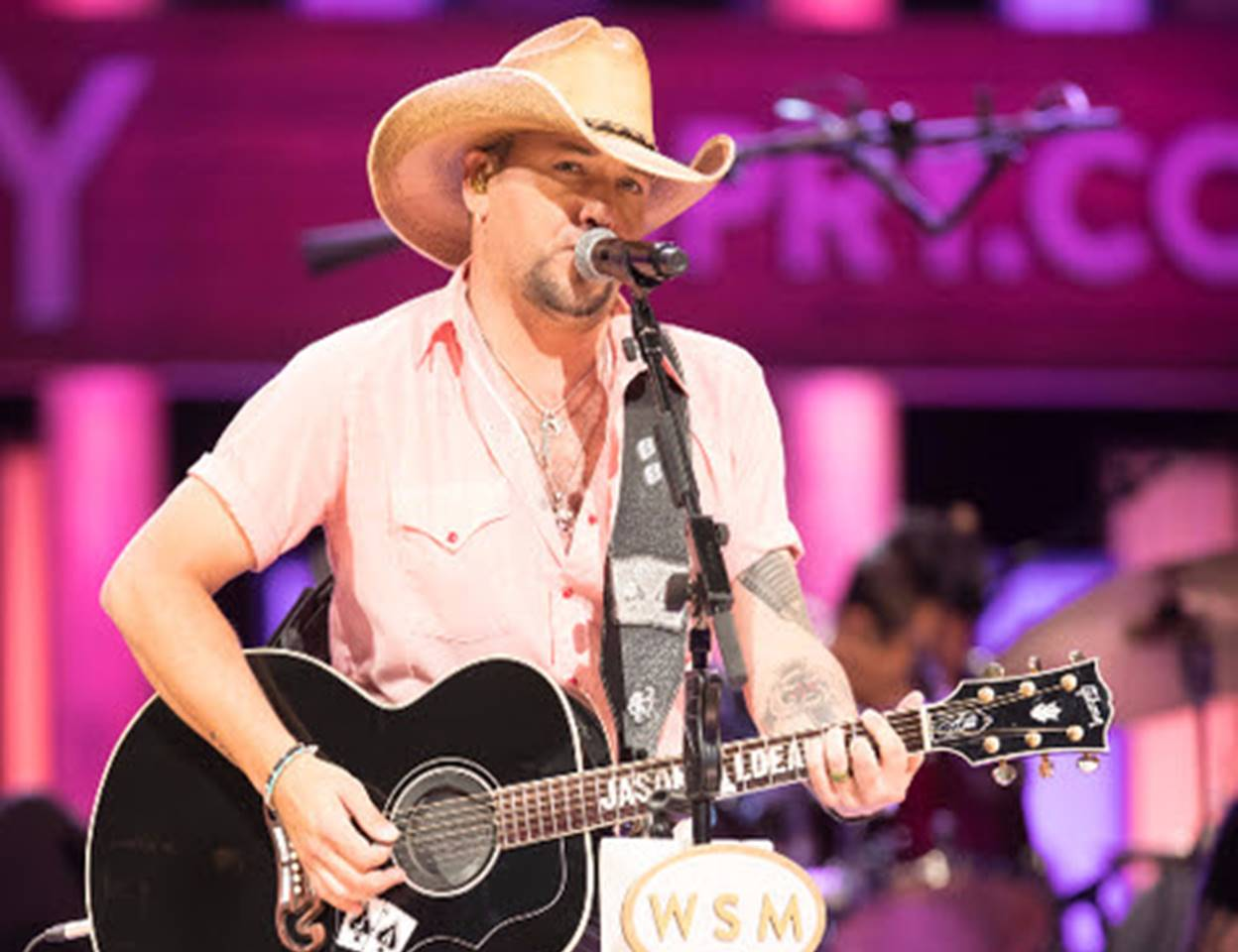 jason aldean grand ole opry breast cancer