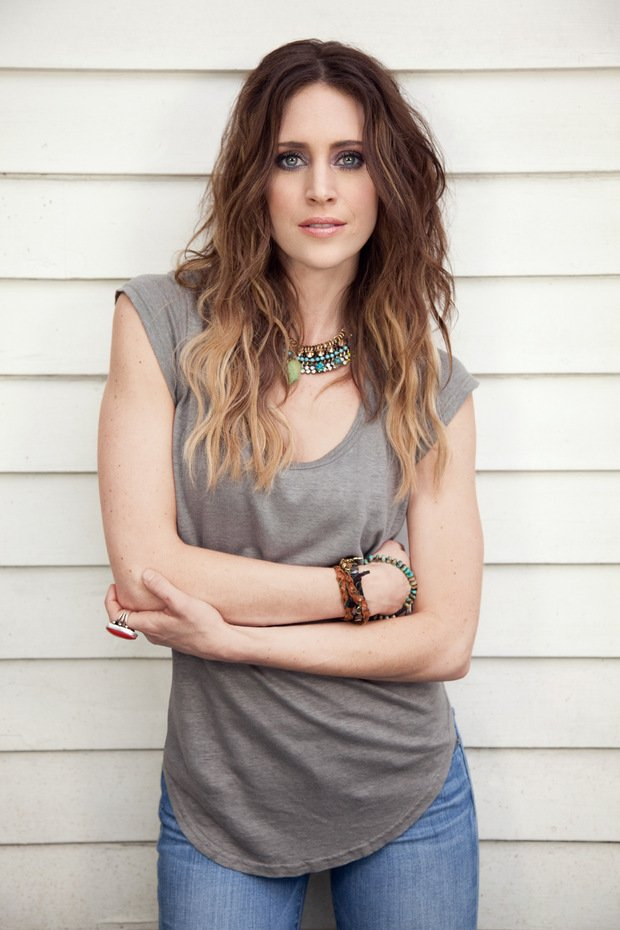 Country Goes Pop with Kelleigh Bannen