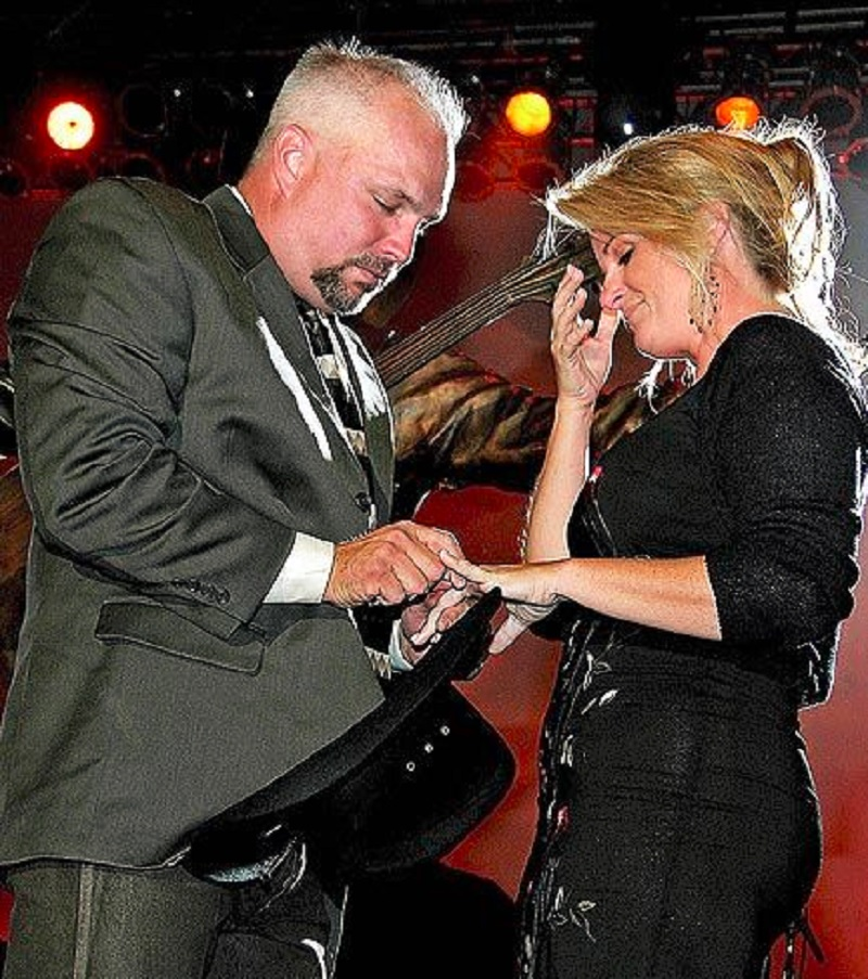Garth Brooks Proposes To Trisha Yearwood
