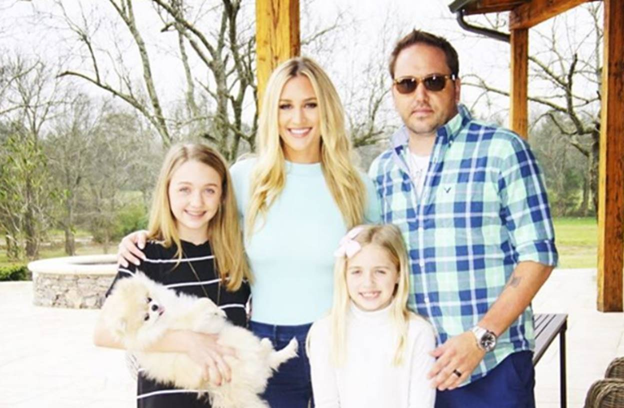 jason aldean daughters and wife