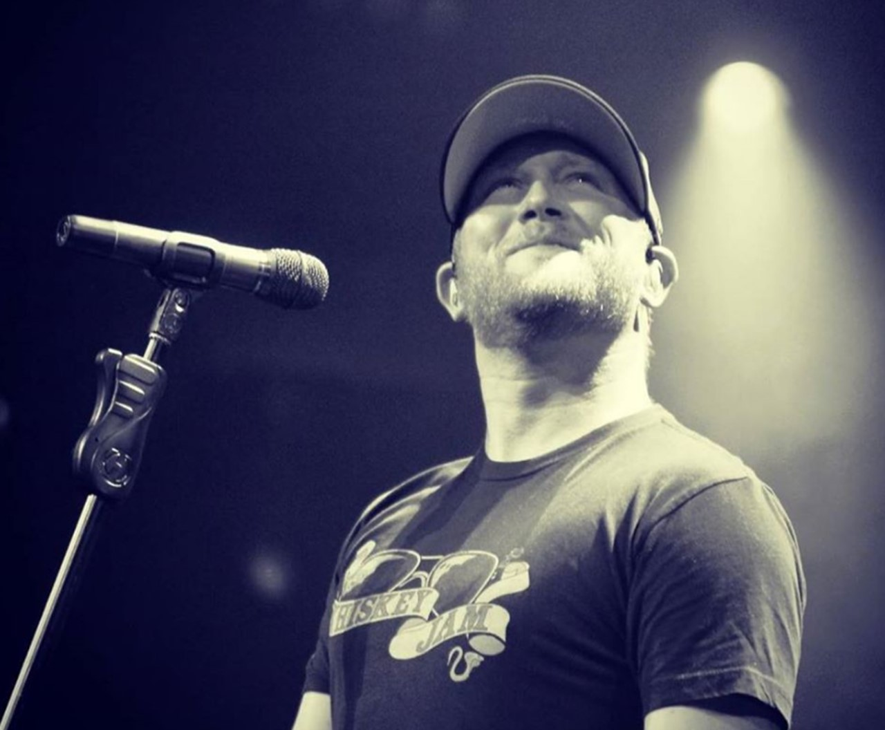 "Cole Swindell's ""Middle Of A Memory"" Goes Gold [Pics]"