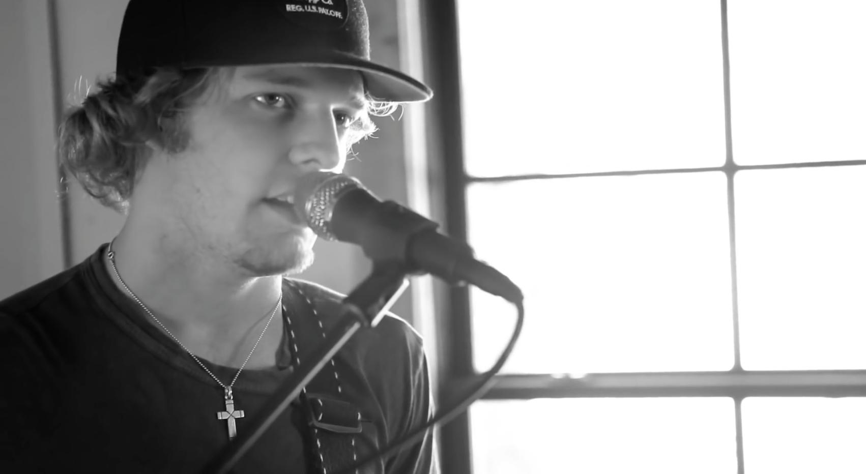 "Tucker Beathard's ""Faithful"" (Live) with Lyrics"