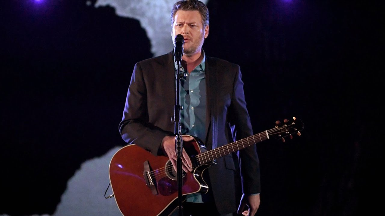 "Blake Shelton Performs ""Every Time I Hear That Song"" at CMT Awards"