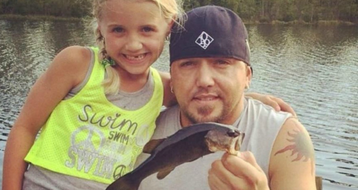 Jason Aldean Shares His Favorite Summer Memories