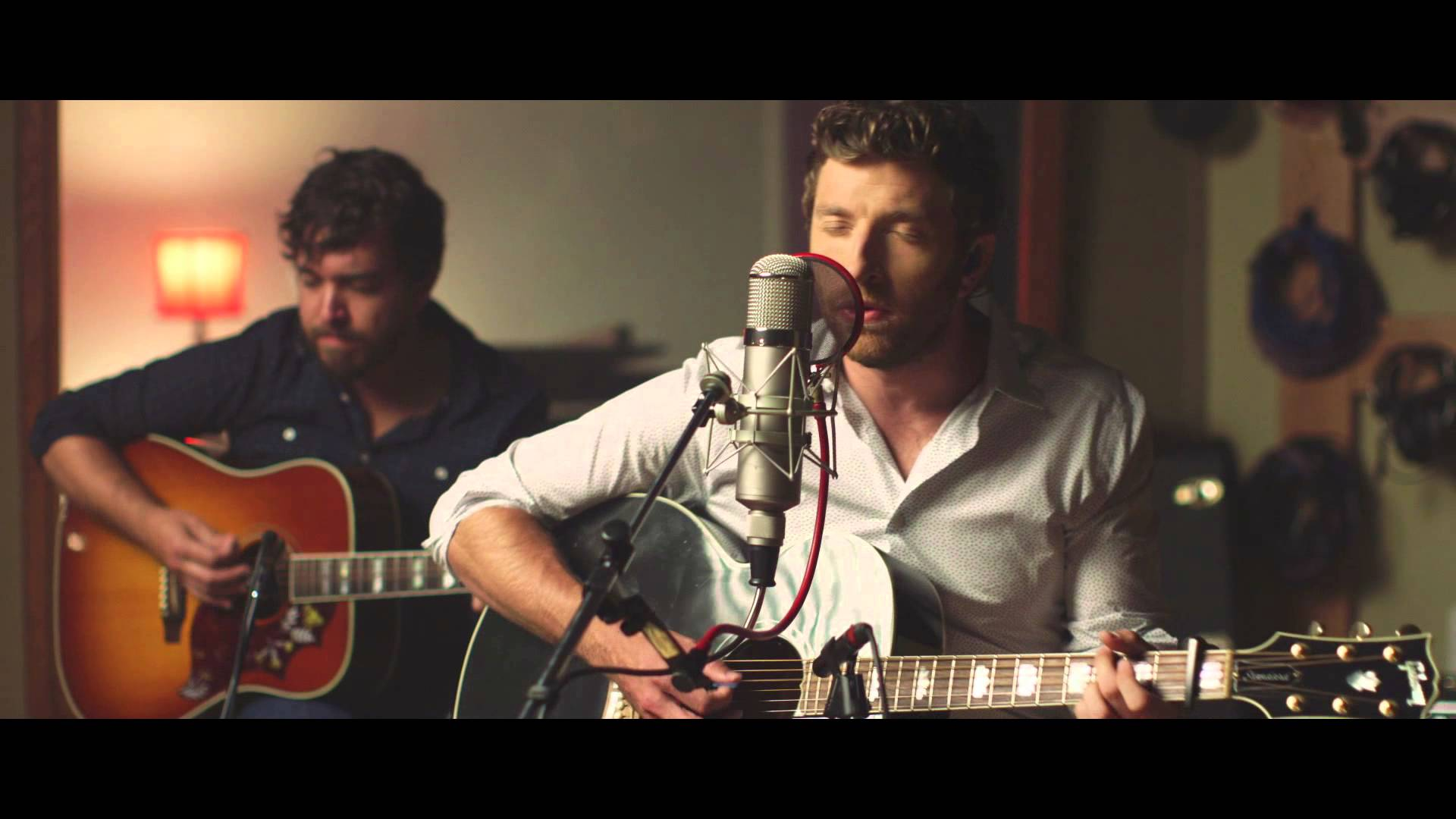 Brett Eldredge Does Christmas