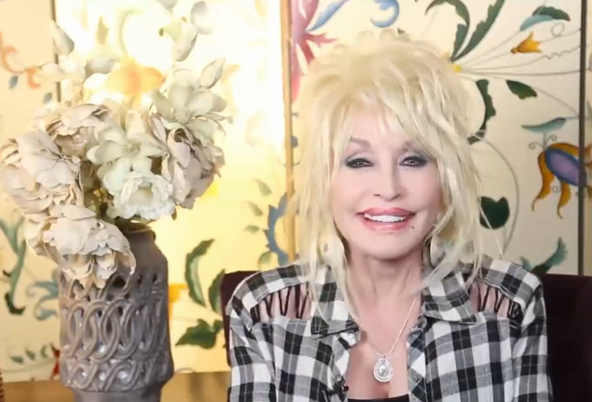 Dolly Parton will go on tour this coming June.
