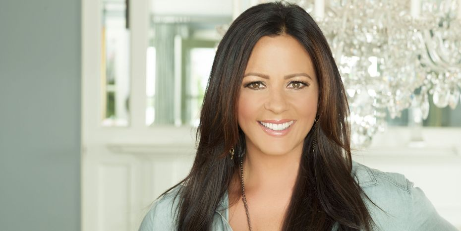Sara Evans Suds in the Bucket