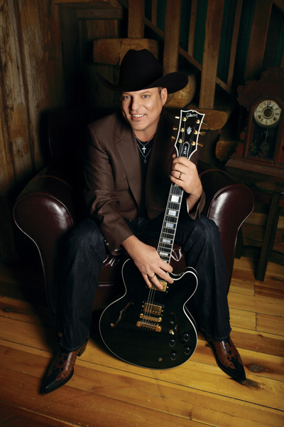 [WATCH] the New Music Video from John Michael Montgomery!