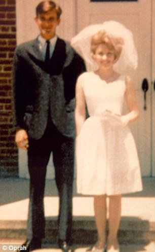 dolly parton with husband carl dean on wedding day