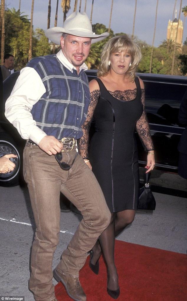 Meet Garth Brooks' Ex-Wife, Sandy Mahl