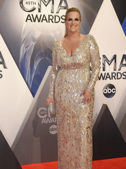 Trisha Yearwood To Perform at Sinatra Concert