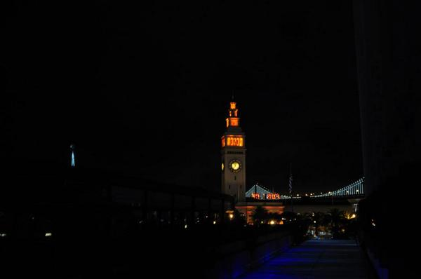 SF Ferry Building - Giants