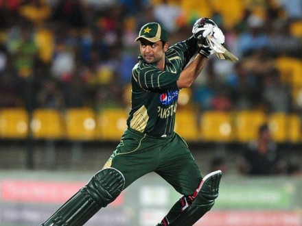 Pakistan Batsman Ahmed Shehzad Cries in Memory of Peshawar Victims