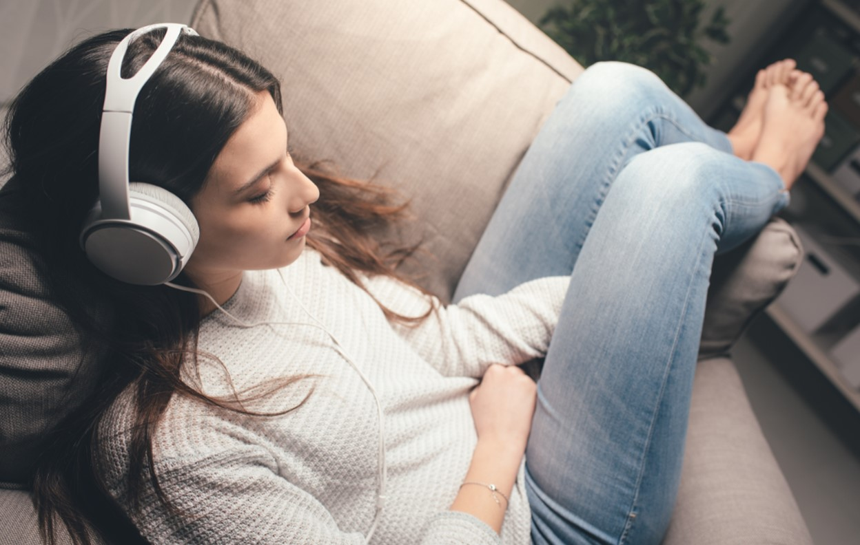 Relaxing Sounds to Help You Sleep