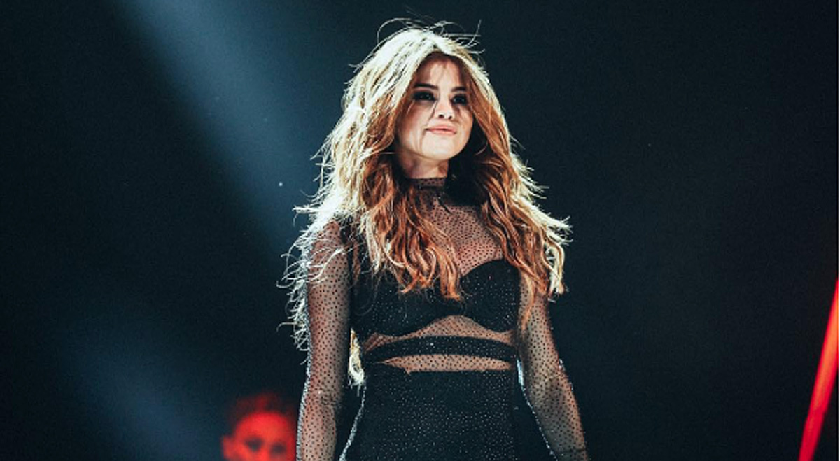 Selena Gomez has some serious love for her fans!