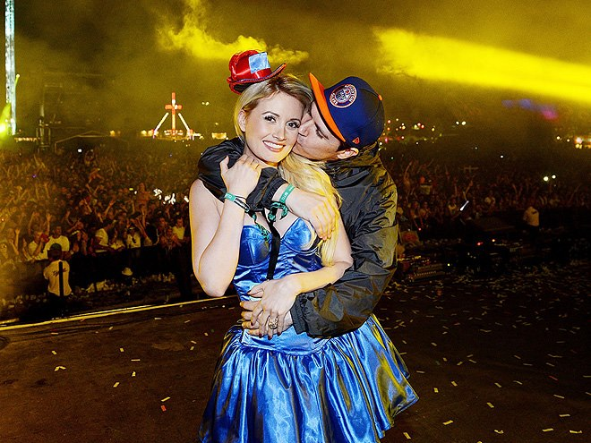 Holly Madison and businessman Pasquale Rotella are married! The two got hitched at Disneyland on Tuesday. Holly finally got her fairytale!…