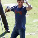 Zac Efron is having quite a good time on the golf course. Fans, caption this snapshot...