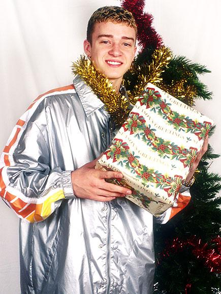 Celebrities in the Christmas Spirit!