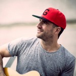 sam hunt with guitar