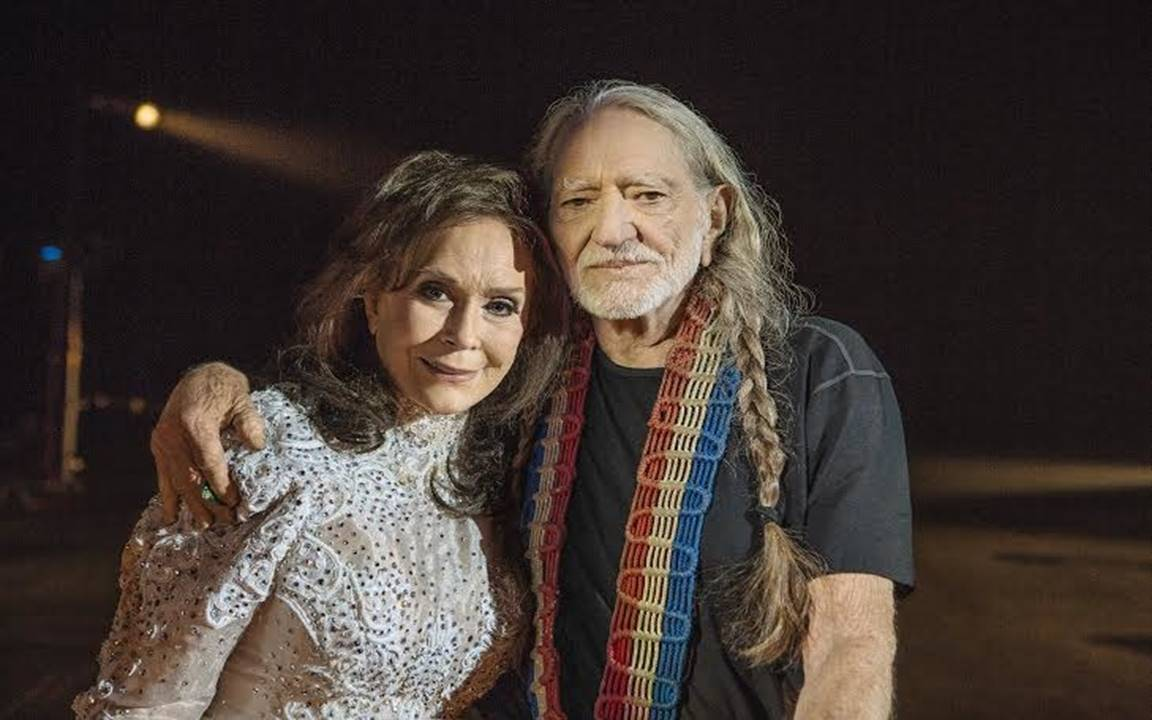 willie nelson and loretta lynn
