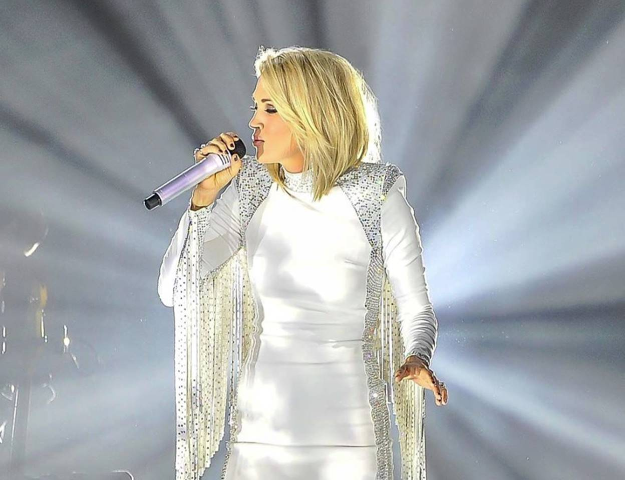 carrie underwood 2016
